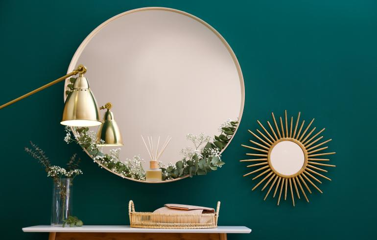 main of Using Mirrors In Your Decor Can Enhance The Appearance Of Your Home (goods)